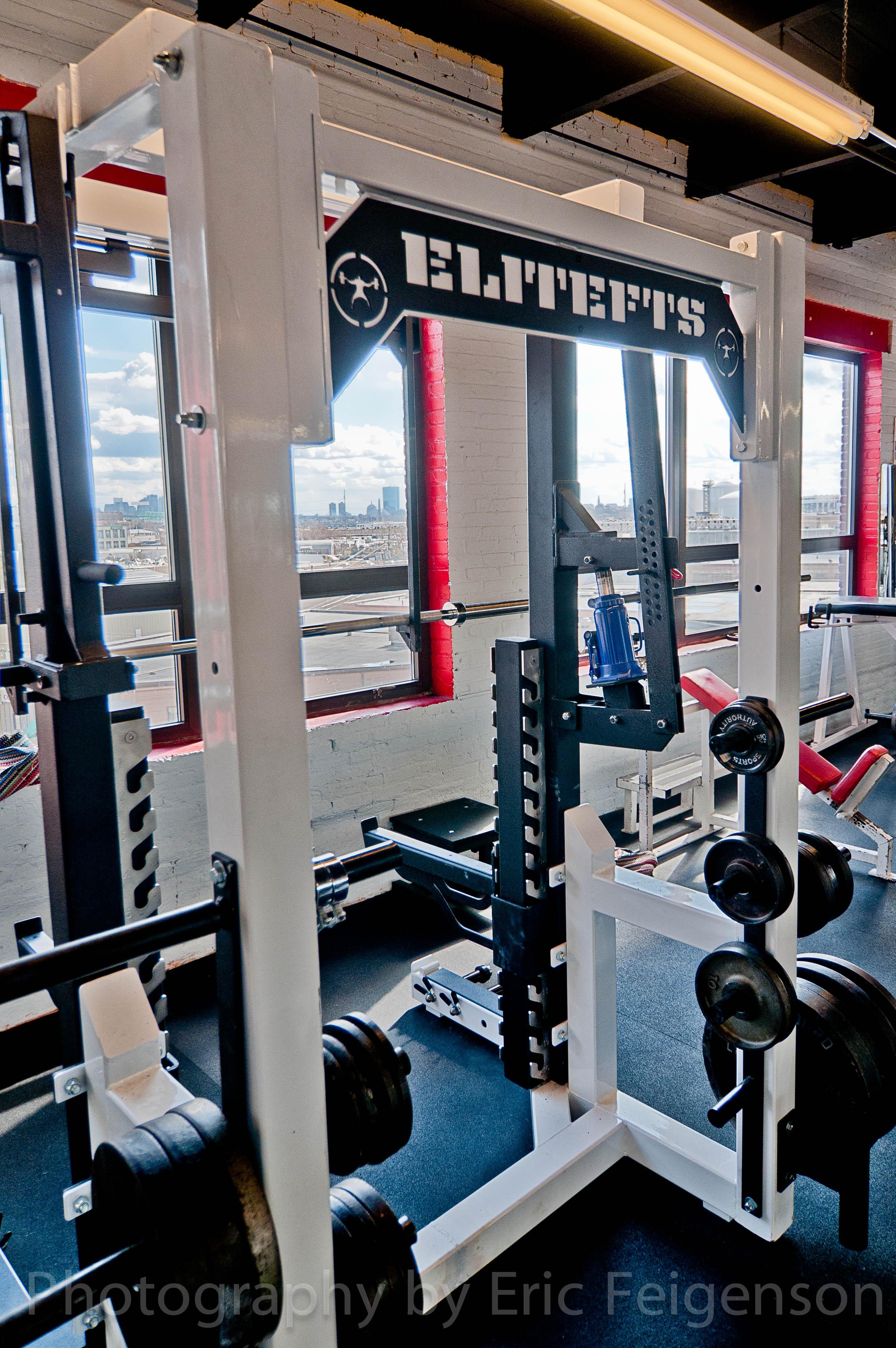 Alphalete gym reviews gyms ave e stafford tx