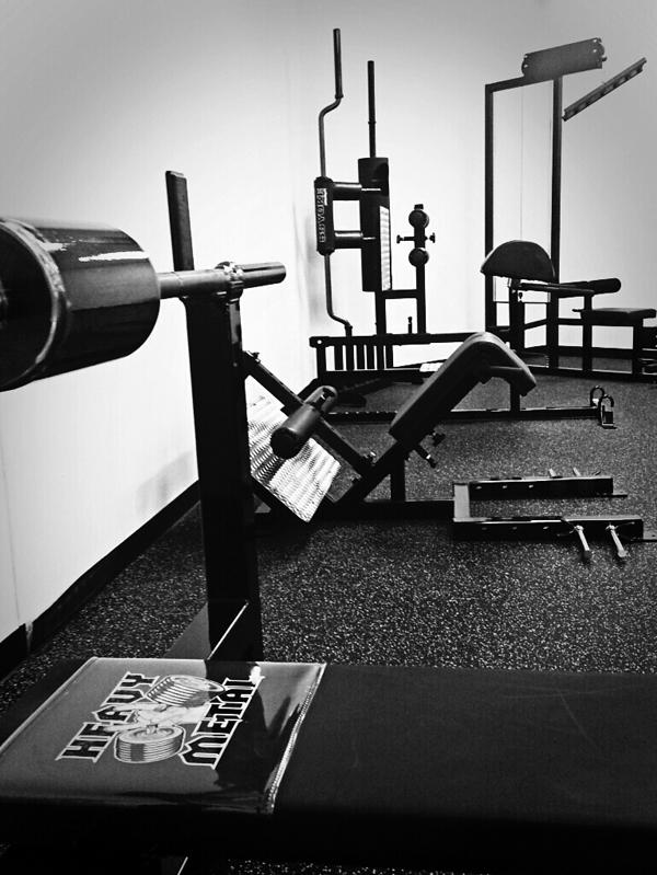 Heavy-Metal-bench-shoulder-saver-elitefts-equip-041714
