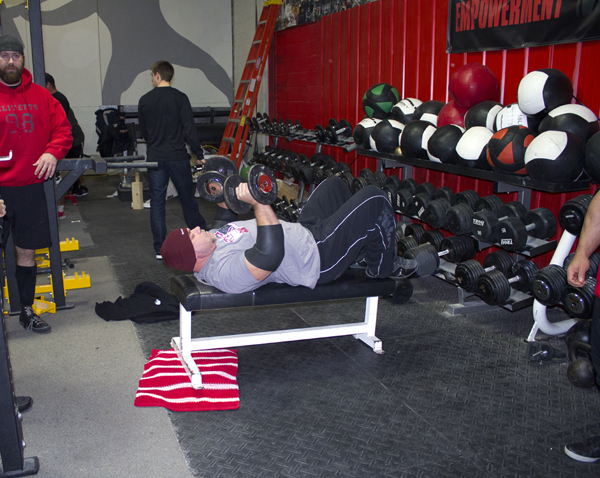 dave tate bench pressing s4 compound details 062014
