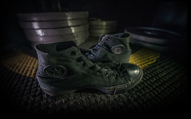 97b5d206e6e0 The most popular shoe amongst powerlifters for the last several decades  isn t quite what someone unaffiliated with the industry would expect  Converse  Chuck ...