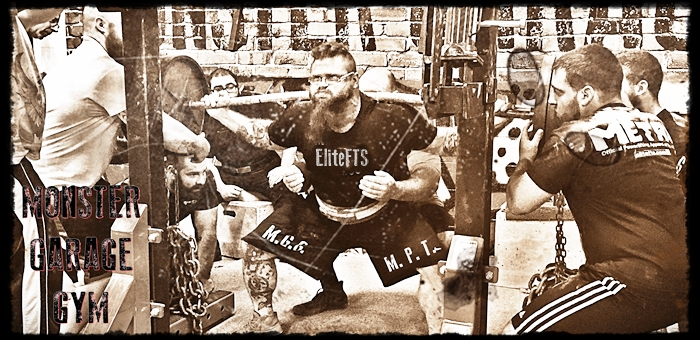 RAW Squat And Deadlift Training With Chains [HD TRAINING FOOTAGE INCLUDED]