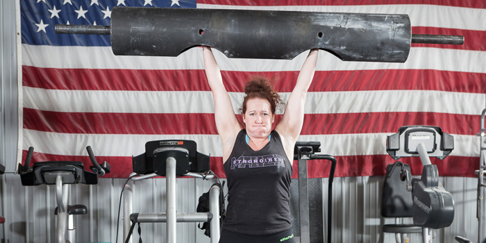 Strong(her) Overhead Press Progressions for the Novice Female Lifter
