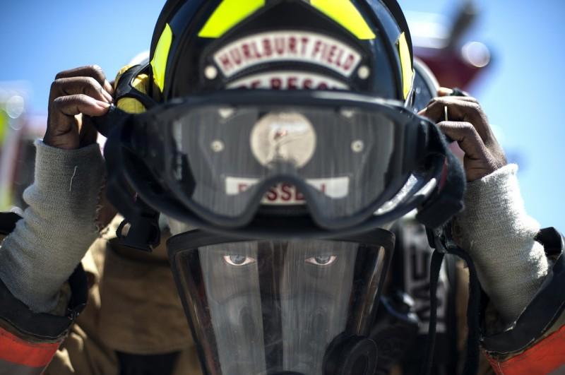 firefighter-756849_1280