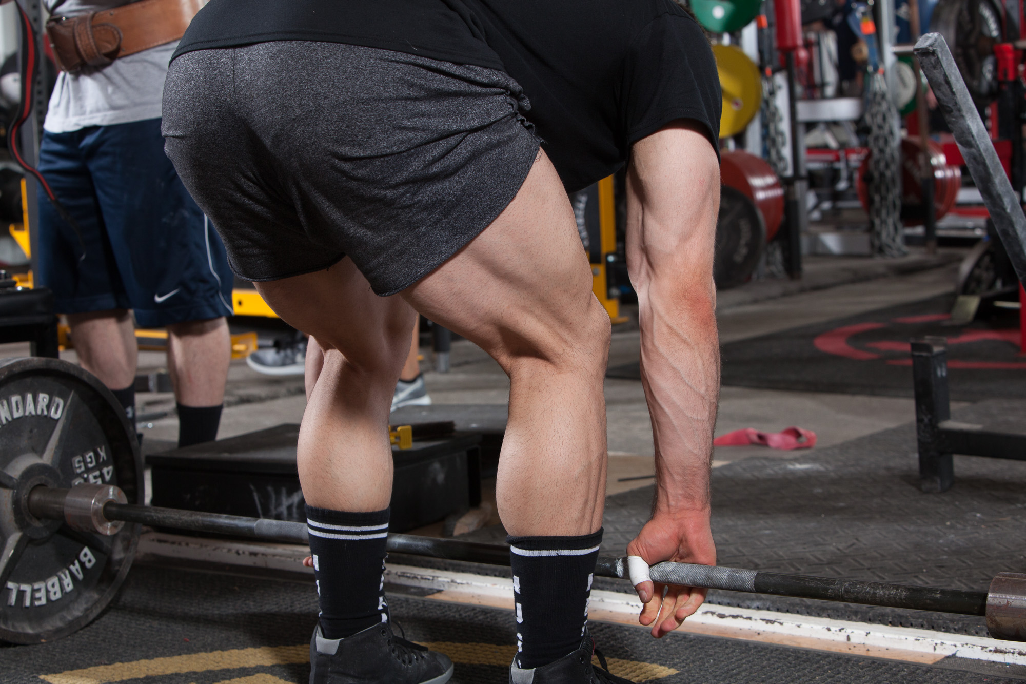 The simple steps to add serious weight to your deadlift elite fts conventional deadlift setup falaconquin