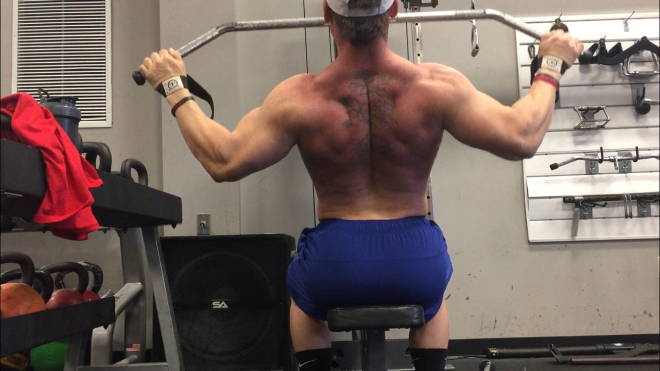 Bodybuilding - Shoulder Day