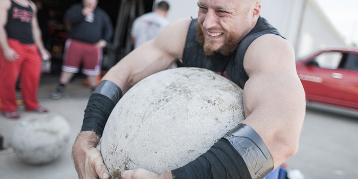 Tacky and Tactics: 10 Tips to Win Your Strongman/Strongwoman Pro Card