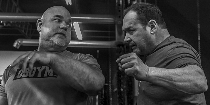 WATCH: Ed Coan and Dave Tate Coach the Squat