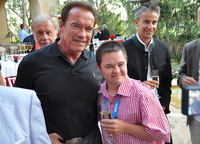 Fan Attacks Arnold Schwarzenegger with Drop-Kick