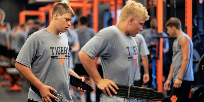 6 Keys to Starting A High School Strength and Conditioning Program