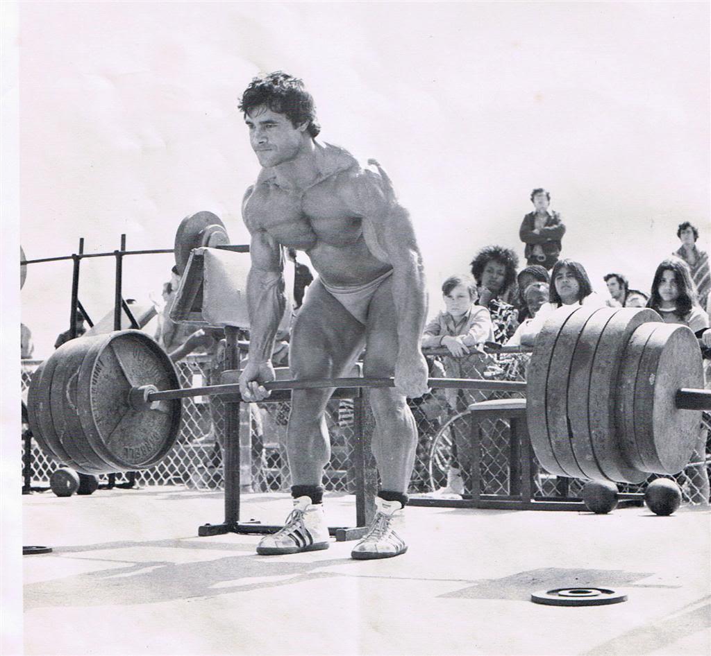 franco training deadlifts photo