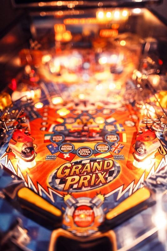 Pinball-Christmas-Arcade-Machine