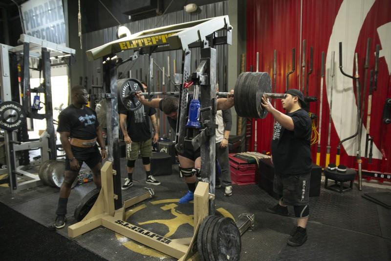 squat-big-weights